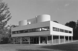 Villa Savoye designed by Corbusier and Pierre Jeanneret