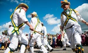 Morris men dancing at Upton upon Severn folk festival