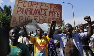 Burundian youth demonstrate against Nkurunziza