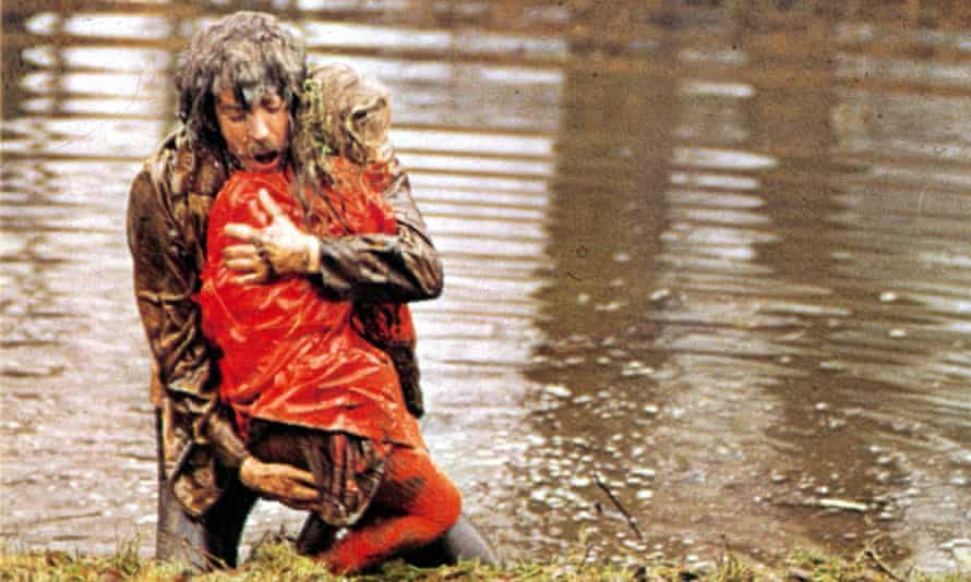 Donald Sutherland in the original film, directed by Nicolas Roeg.