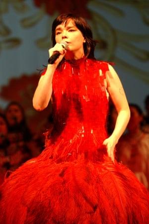 Björk Alexander McQueen