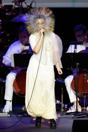 Björk Vulnicura Maiko Takeda