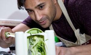 Rhik Samadder makes courgette spaghetti with a spiraliser
