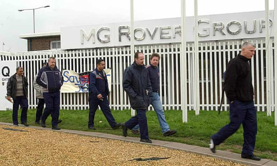 Workers leaving MG Rover after the Phoenix Four collapse.