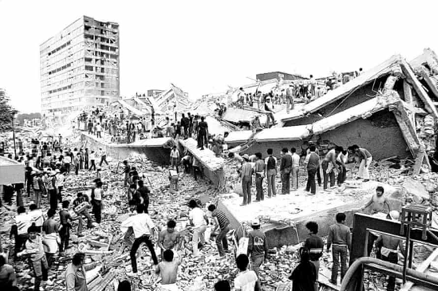 The Nuevo Leon flats in Tlatelolco after the 8.1-magnitude earthquake on 9 September 1985.