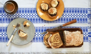 Cinnamon-spiced chocolate tarts with honey cream and a chai swirl loaf cake – with just a touch of cinnamon.