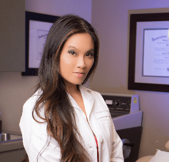 Dr. Sandra Lee, queen of popping