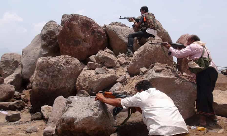 Loyalists in the Mansura district of Aden.