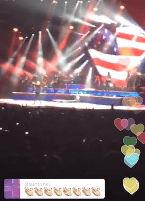 Neil Diamond concert as seen on Periscope