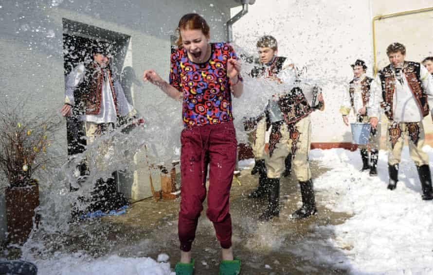 Slovakia easter water 2013