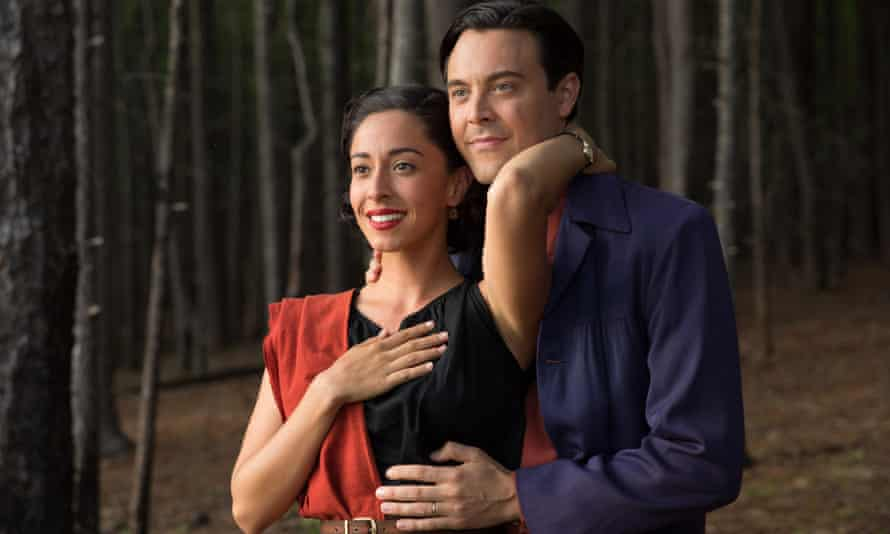 Oona Chaplin as Ruth and Jack Huston as the young Ira.