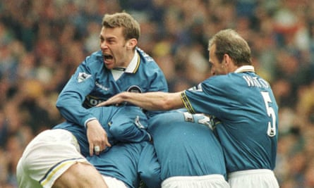 Everton celebrate Gareth Farrelly's goal in 1998 but would it be enough to seal Bolton's fate?