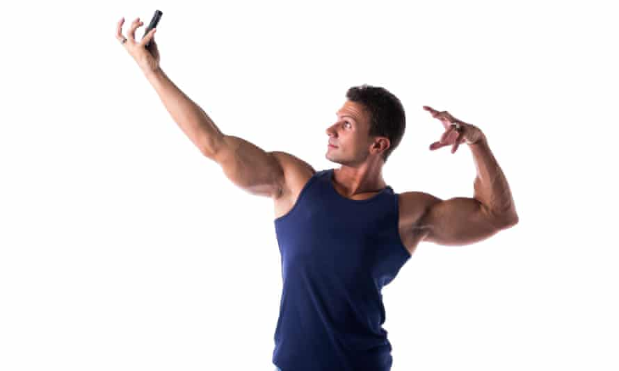 Muscleman poses for a selfie