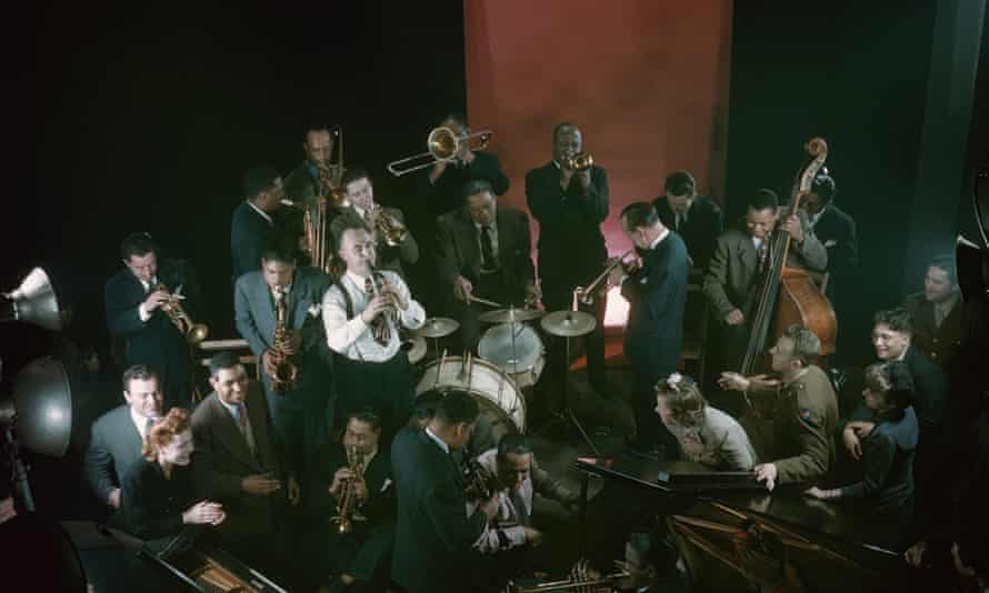 Jam session at Mili's studio, New York 1943. Though not in this picture, Young and Holiday attended.