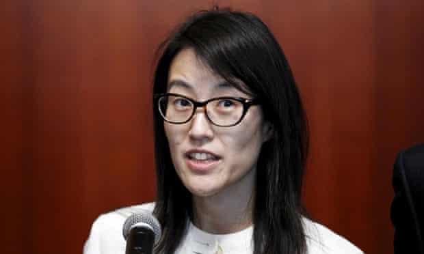 Reddit CEO Ellen Pao has proposed a ban on salary negotiations.
