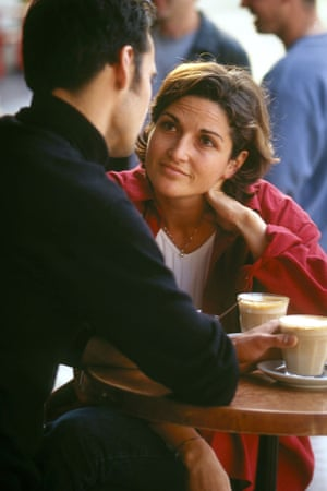 A Spanish couple at a cafe.