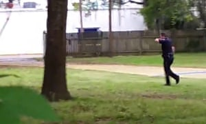 South Carolina police officer shoots black man in the back as he
