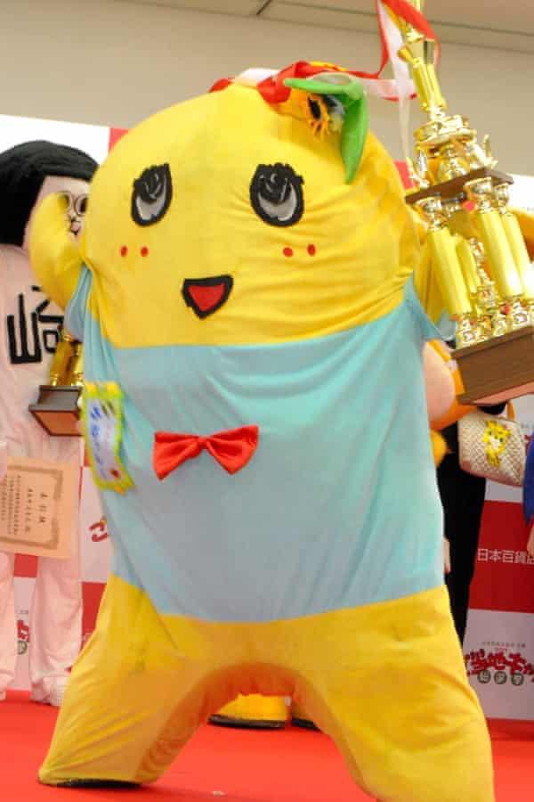 The unofficial yuru-kyara of Funabashi City, Funassyi,  wins the local characters general election in Tokyo in 2013.