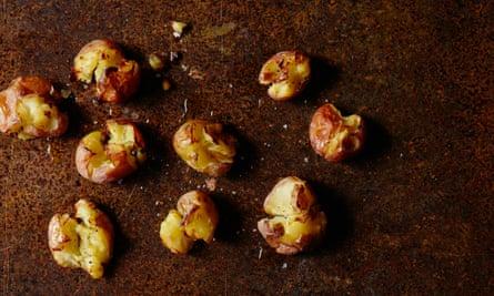 Slat and vinegar crispy crushed new potatoes