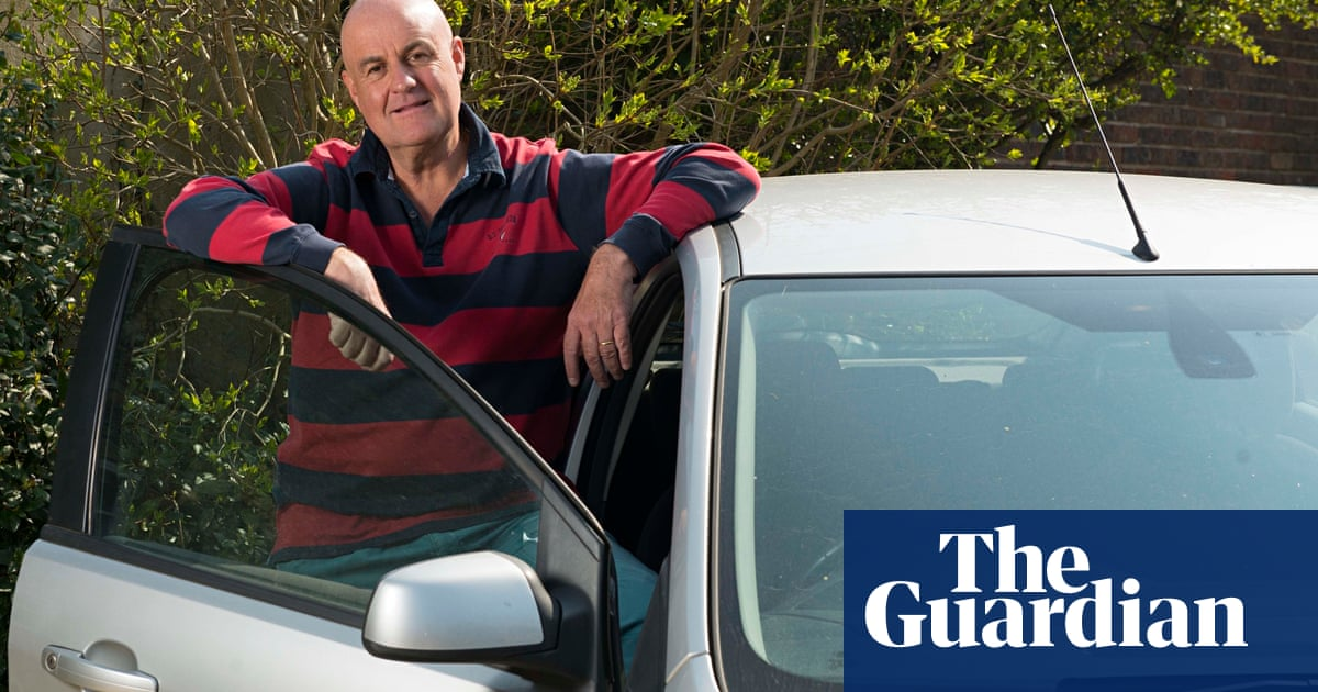 tax disc loophole leaves angry drivers facing massive fines money the guardian