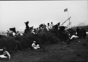 1967 A major pile-up at the 23rd fence takes out most of the runners and 100-1 shot Foinavon, with John Buckingham up, cleared the fence and managed to stay clear of the remaining field to secure a famous and unlikely victory