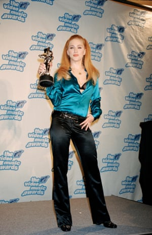 Madonna at the 1995 MTV video Music Awards in Gucci