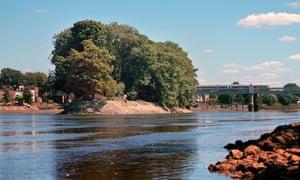 River island … Oliver's Ait, near Kew, London