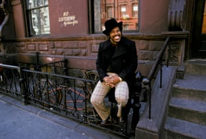 Ben E King on a stoop in Harlem in 1973