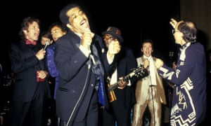 Ben E. King and friends, including Smokey Robinson in the blue suite, Bo Diddley with his square guitar and Bruce Springsteen in a gold suit at the Hall of Fame inductions dinner 1987