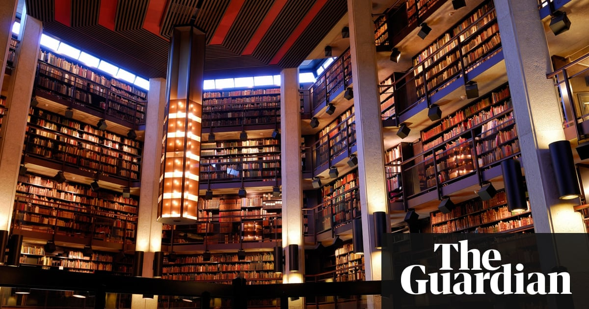 Virtual Library of Babel makes Borges\'s infinite store of books a ...