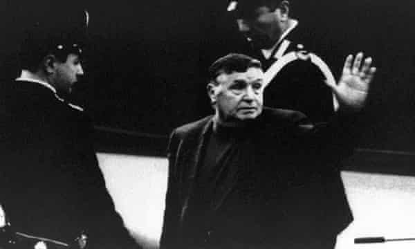 Salvatore Riina was believed to have directed the mob's international drug trade and suspected in the assassination of two leading prosecutors.