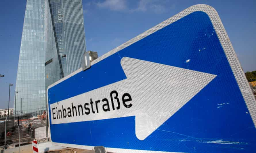 A one-way traffic sign in front of the ECB HQ in Frankfurt