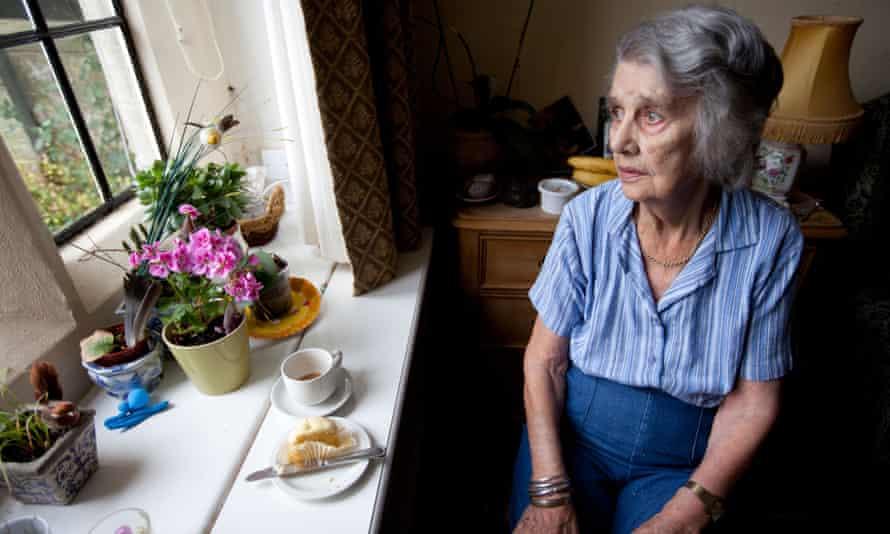 older woman care home dementia