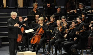Sir Simon Rattle conducts the Berliner Philharmonike