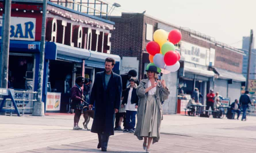 Kim Basinger and Mickey Rourke at Coney Island for the filming of 9 1/2 Weeks in 1986.