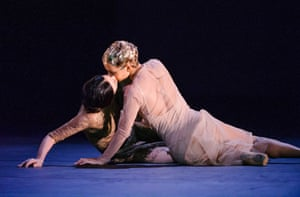 Alessandra Ferri and Francesca Hayward in Part 1: I Now, I Then from Woolf Works