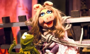 Back in the pink ... Miss Piggy and Kermit.