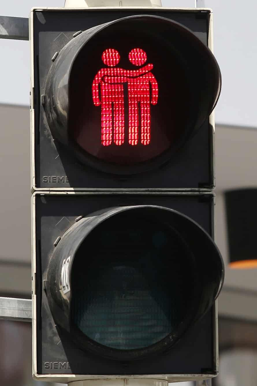 Another of Vienna's same-sex traffic lights.