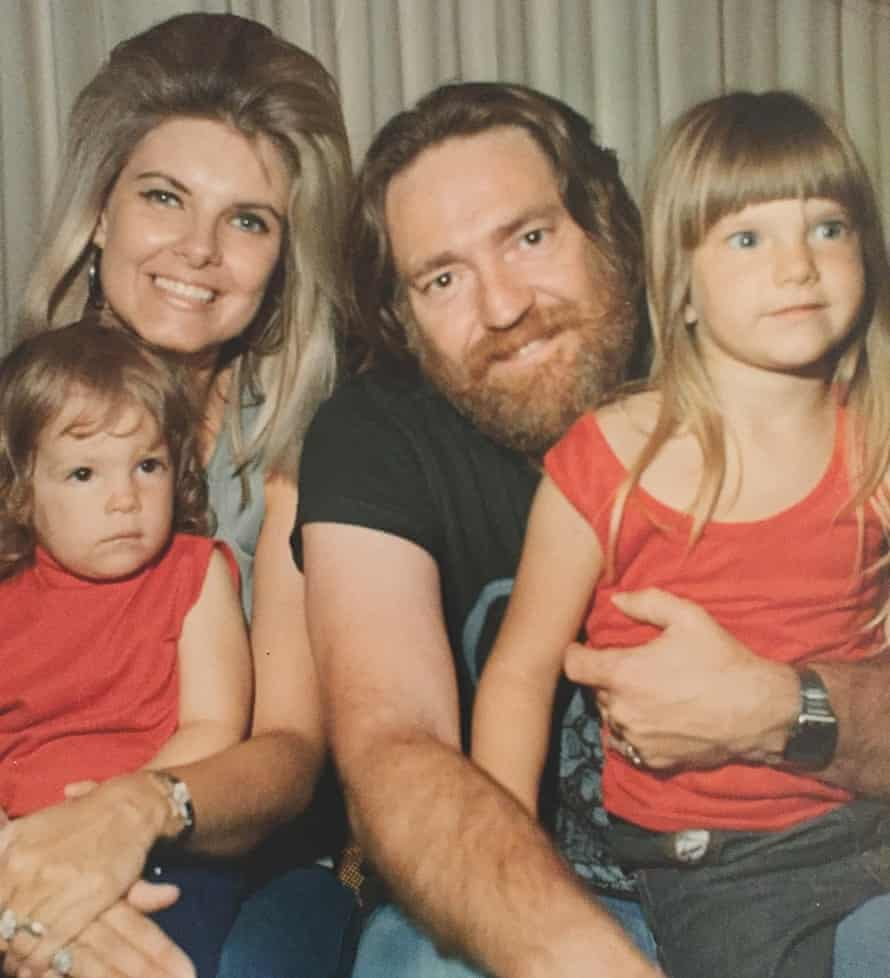 Willie Nelson with his ex-wife Connie and daughters Amy and Paula