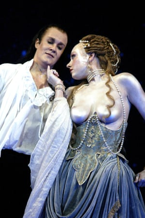 Alice Coote as Orlando and Suzanna McNaughton as Venus in Orlando at the Royal Opera House, 2003.