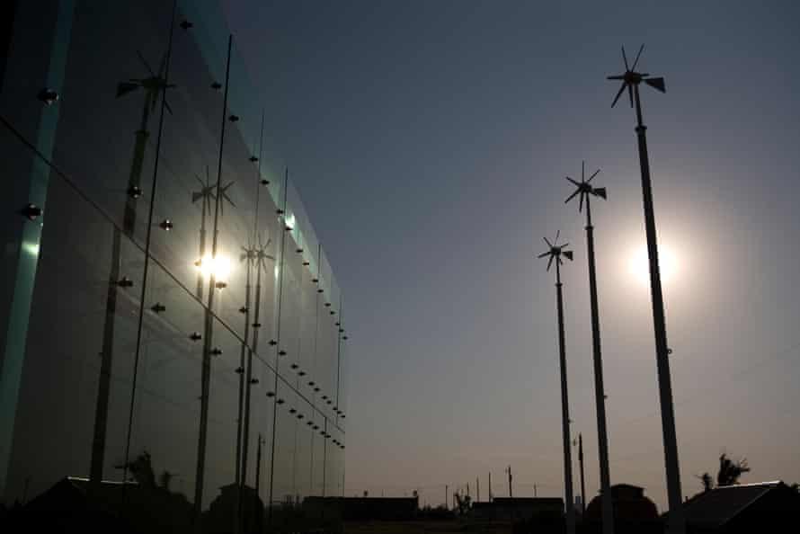 Energy efficient windmills in Greensburg Kansas town.