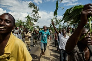 But as cheering crowds streamed on to the streets of Bujumbura, sporadic gunfire was heard in the centre of the capital. It is not immediately clear how much support Niyombare has