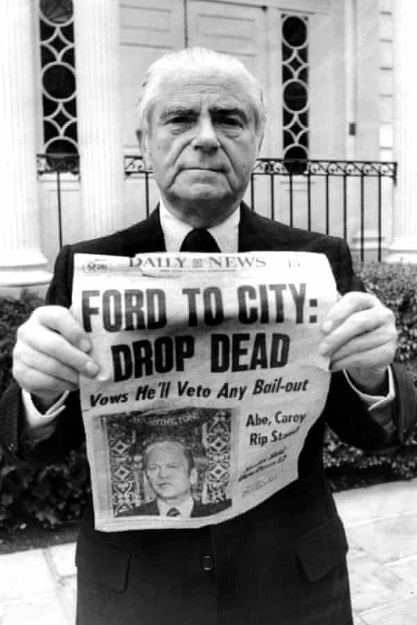 Mayor Abe Beame shows off the infamous New York Daily News front page.