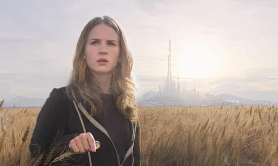 Disney's TOMORROWLAND..Casey (Britt Robertson) ..Ph: Film Frame..  Disney 2015.