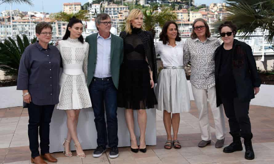 Phyllis Nagy, Rooney Mara, Todd Haynes, Cate Blanchett, Elizabeth Karlsen, Stephen Woolley and Christine Vachon at the Cannes photocall.