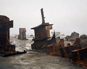 Shipbreaking #10, Chittagong, Bangladesh, 2000