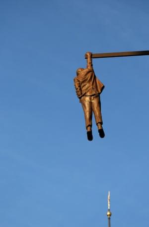 Man Hanging Out by David Cerny, Prague