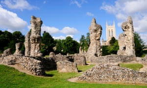 The abbey ruins near St Edmundsbury Cathedral, Bury St Edmunds.