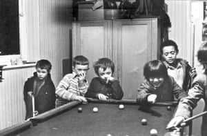 Snooker at Jim Hart's, Toxteth, 1974.