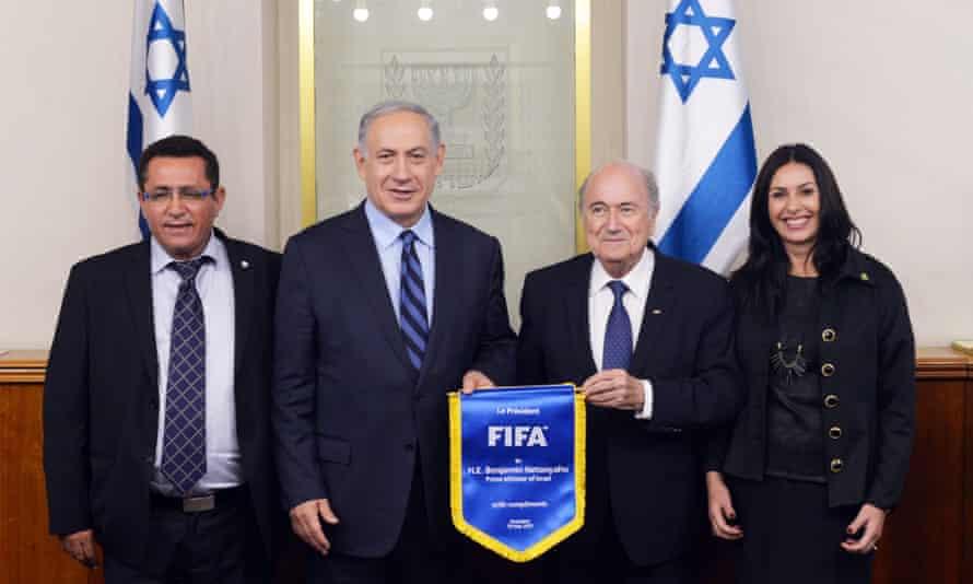 Israel's prime minister, Binyamin Netanyahu, with the Fifa president, Sepp Blatter, in Jerusalem.